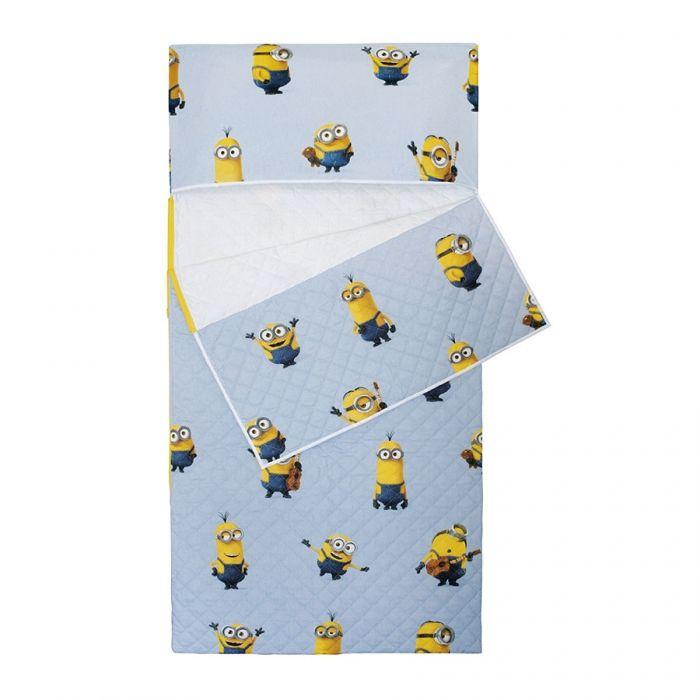 Sacchi a Pelo per bambini: Sacco a Pelo Asilo, trapuntato, Fantasia Minions, con tasca per cuscino (cuscino non compreso).E' possibile scegliere la cerniera laterale o la chiusura