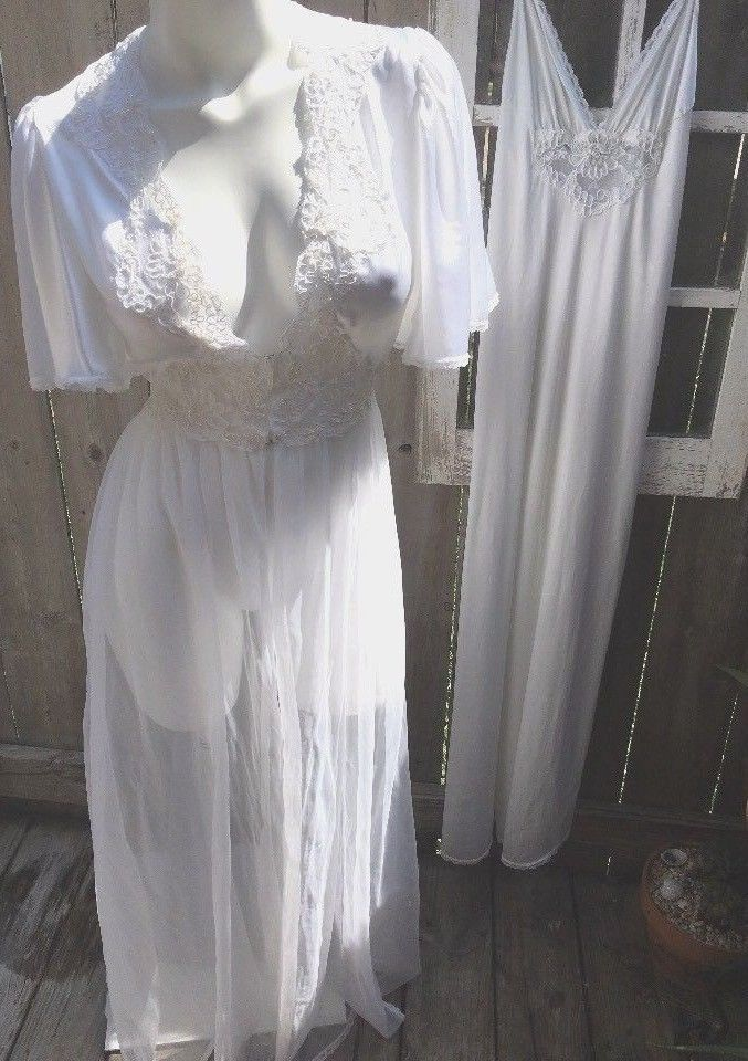 f497e0fe7 Val Mode Gorgeous Lace Beaded Nightgown with Chiffon Peignoir Set White  Bridal S