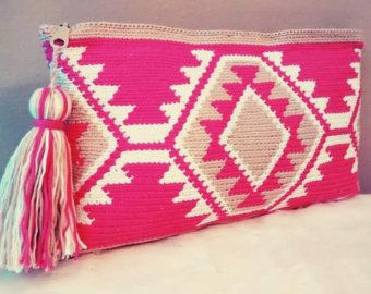 Tote bag in crochet style wayuu clutch of by VientosurSantander