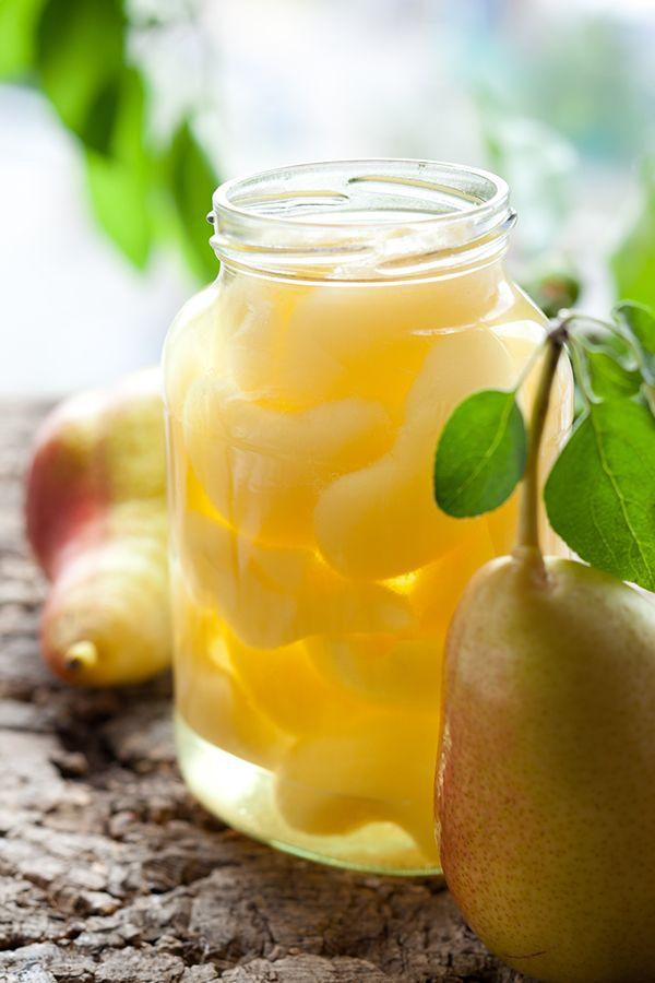 Altijd heerlijk om peren op siroop te maken.