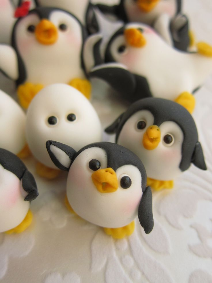 Penguin Family Fondant Cake Toppers by mimicafe Union…