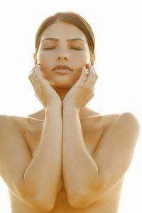 Brust - Schmerzen während der Schwangerschaft - Schwangerschaft: Sodbrennen, Wassereinlagerung und Co. - Brustschmerzen in der Schwangerschaft Weil der Körper während der Schwangerschaft vermehrt die Hormone Östrogen und Progesteron bildet, kann es in diesem Zusammenhang zu extrem schmerz- und berührungsempfindlichen Brustwarzen...