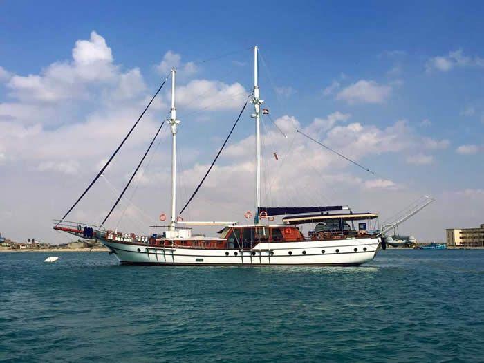 Il caicco San Marco è dotato di tutti i comfort e delle atrezzature professionali per le immersioni http://www.golettasanmarco.com