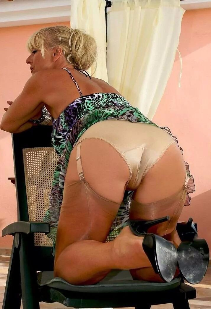 mature women in panties porn Hairy panties, porn tube - videos.aPornStories.com.