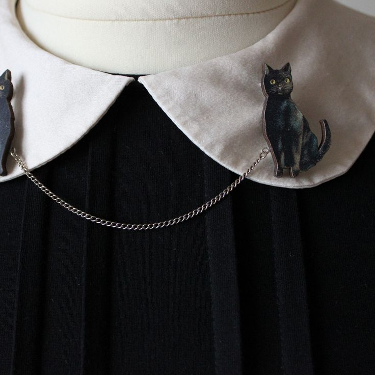 The Cat Collar Clips