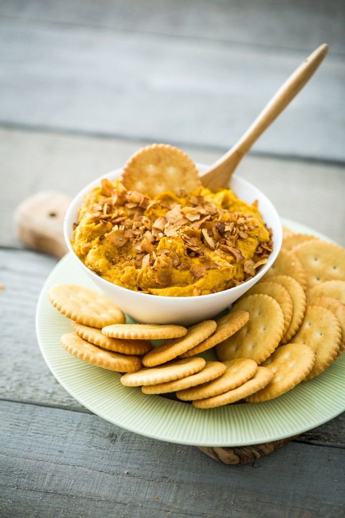 Vegan Cheddar Bacon Dip - I really need to get me some phoney baloney coconut bacon. STAT!