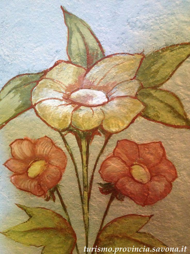 Dettaglio di affresco su parete a Villa Rosa