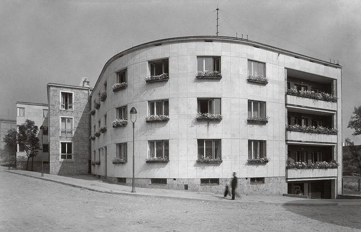 K. Bertoni apartment house, architect Stefan Tworkowski, built between 1938, 6 Dynasy Street