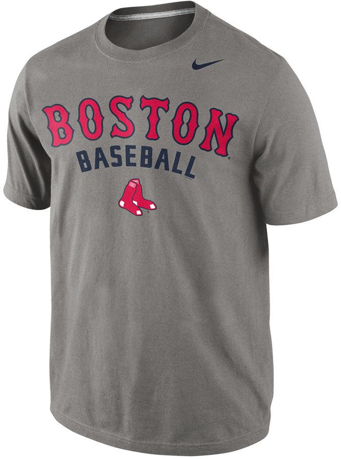 Whether you are cheering in the stands or watching the game from home, this Nike men's MLB Away Practice t-shirt helps you show your Boston Red Sox spirit. Ribbed crew neckline Pullover style Short sleeves Screen print team name and logo at front Nike swoosh logo at left side Regular fit Cotton/polyester Machine washable