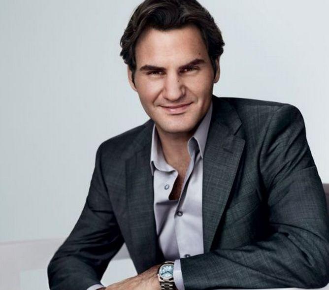 Roger federer wearing a rolex watch celebrities wearing jewelry pinterest rolex casual for Celebrity wearing breitling