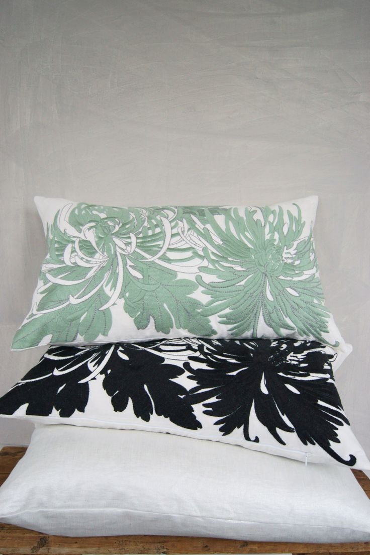 Adam&Viktoria S/S-14 Chrysanthemum on washed linen + silver printed linen cushion #embroidery #green #blackandwhite #lisafontanarosa