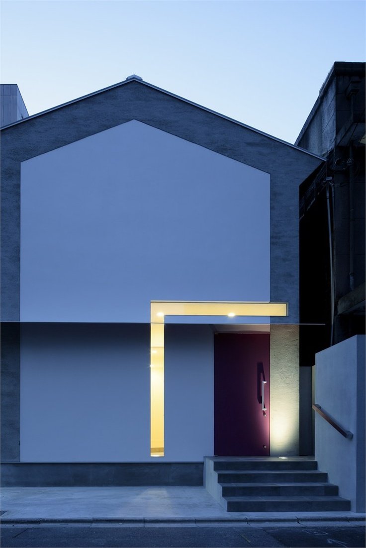 Keyhole House, Kyoto, 2011 by  Eastern design office  #architecture #japan #house #kyoto #entrance