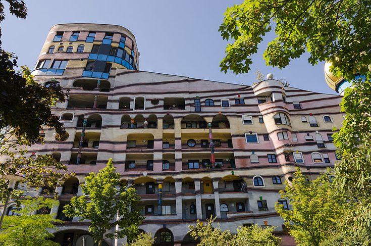File:Waldspirale - Darmstadt - Friedensreich Hundertwasser - Heinz Springmann - 13.jpg
