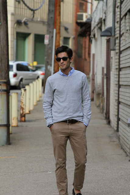 Men 39 S Casual Khakis Button Up Light Sweater Wear Pinterest Grey Sweater Style And