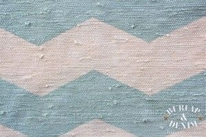 i have 2 kitchen rugs waiting to be transformed for shay's room!  this is the easiest tutorial i have found to make accurate chevron.  and with BLEACH?!?