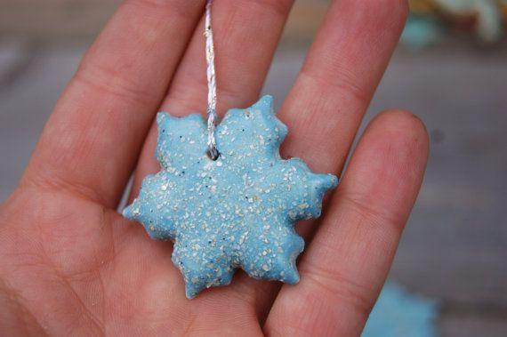 Blue ceramic snowflake christmas tree by GlinianaKoniczynka