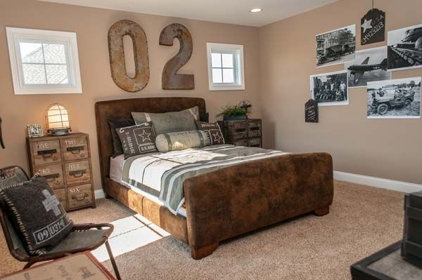 This is supposed to be a boy's room, but I love so many things about it... maybe the most is the use of the black and white photos. Overlapping!   Homearama 12-Fischer Homes-The Wheatland 9