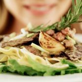 5 Easy, Filling Dinner Recipes Under 500 Calories: Health & Fitness: glamour.com