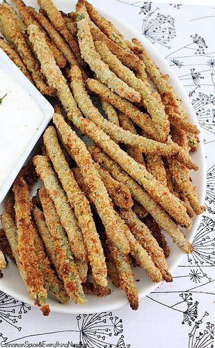 Crispy Baked Green Bean Fries - Green beans baked in crispy Parmesan bread crumbs. They have an addictive crunch that even veggie haters will find hard to resist.