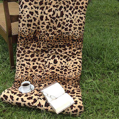 Olha só que sucesso este Coberdrom (edredom + cobertor) Dupla Face animal Print Onça. Aproveite e corra lá na minha casa para dar uma espiadinha nas outras opções.