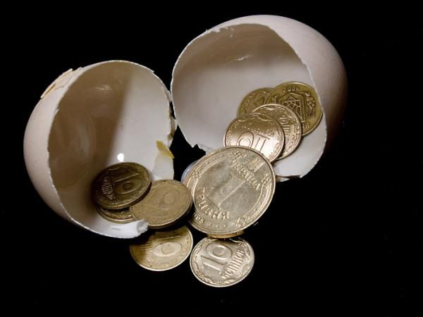 Существует много способов как привлечь деньги в свою жизнь. О том, как привлечь удачу и деньги говорят многочисленные народные приметы. Психологи подвтерждают народную мудрость - существует цвет, пр…