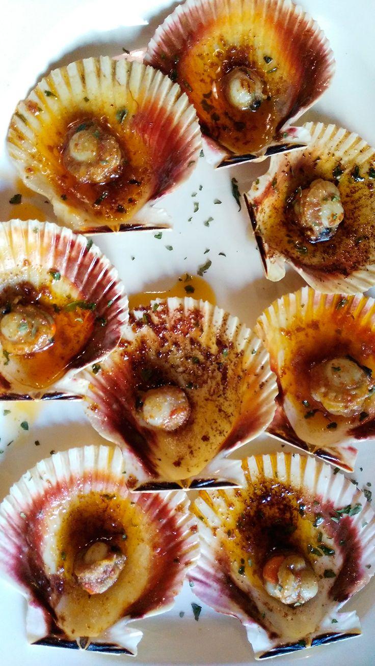 ¡A la rica #gastronomíagallega!  www.caminodesantiagoreservas.com