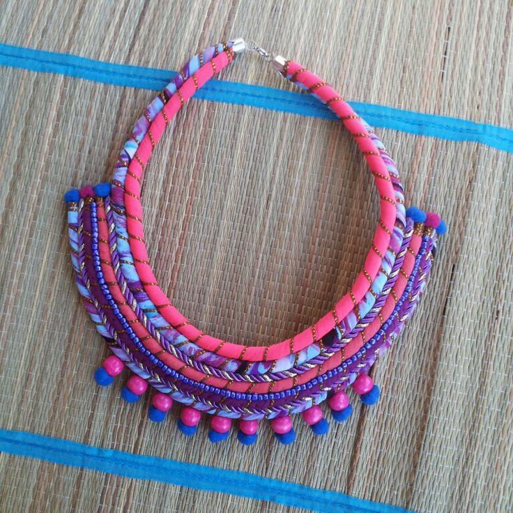 Collar handmade hecho en chile, diseño de autor / cata.silva.25@gmail.com