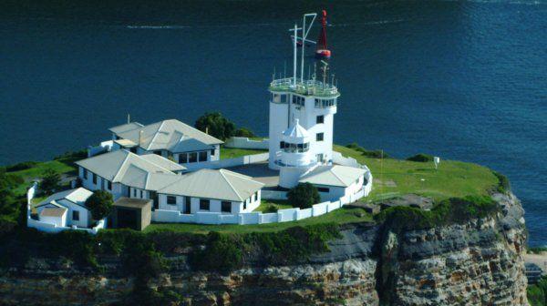 Nobbys Head lighthouse - history