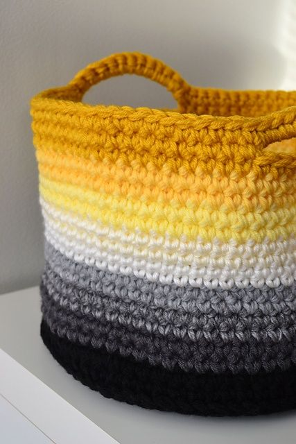 Crochet basket pattern... I love the colors AND the shape.: Plastic Bags, Crochet Bags, Knits Crochet, Color, Crochet Patterns, Free Patterns, Ombre Baskets, Beautiful Crochet, Crochet Baskets Patterns