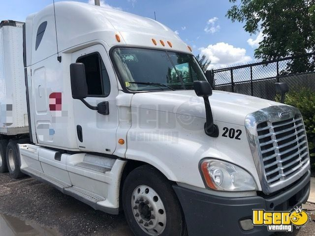 Ready To Work 2011 Freightliner Cascadia Sleeper Semi Truck For Sale In Florida Semi Trucks For Sale Trucks For Sale Freightliner Cascadia