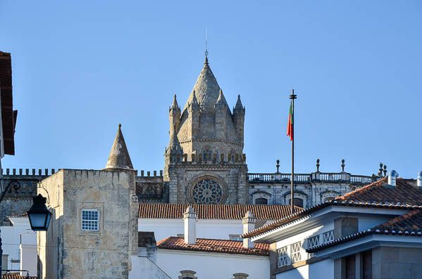 photos evora alentejo cathedral