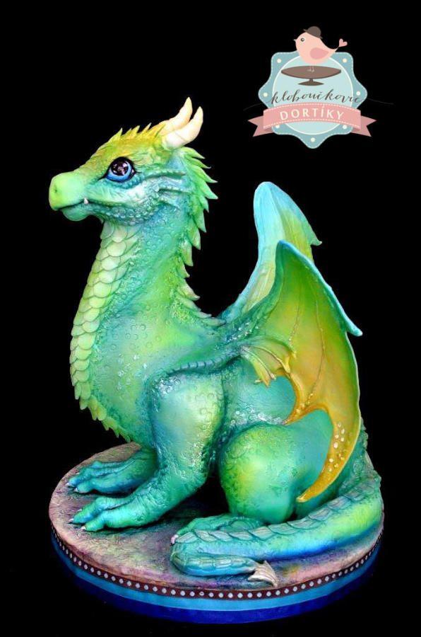 Childrens Dragon Cakes