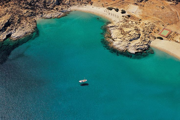 White and Blue Blog for a True Greece Experience: Guide to charming Ios Island in Greece