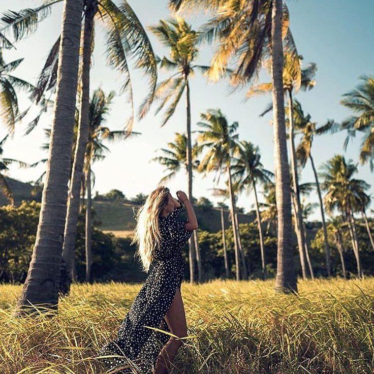 Vi digger digger @janid  hun er jo bare såå pen har en kjempefin instagram med masse fine bilder! Og DET håret!! Som btw er helt naturlig!  (og ja måtte faktisk spørre henne)  #inspo #beautyfullhair #longhair #langthår #finthår #hår #naturlighår #blonde #palmer