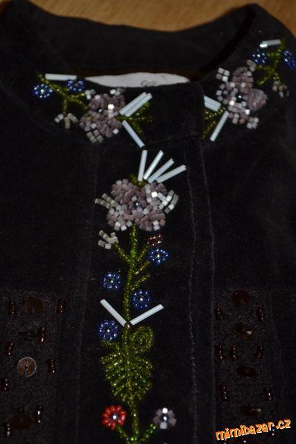 Luxusní sametové sako s korálky TOP STAV