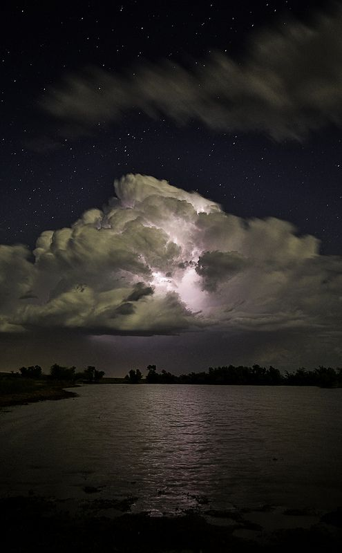Storm Cloud 2 | Long exposure of lightning in a cloud