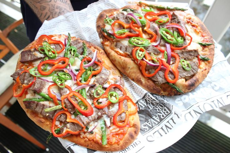 Spicy BBQ Steak Naan Pizza