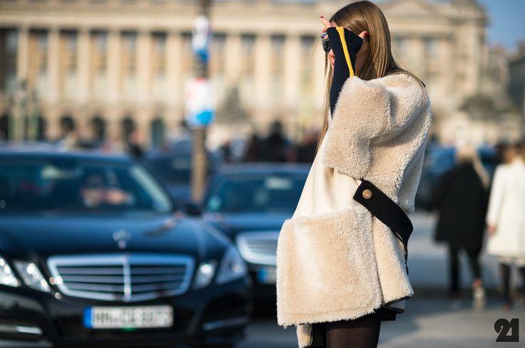 Anna Dello Russo   Paris Follow Elena Cattalani-Fashion Writer on Fb Now! Follow me @fashcomments on IG Now or Elena Cattalani-fashion writer on FB