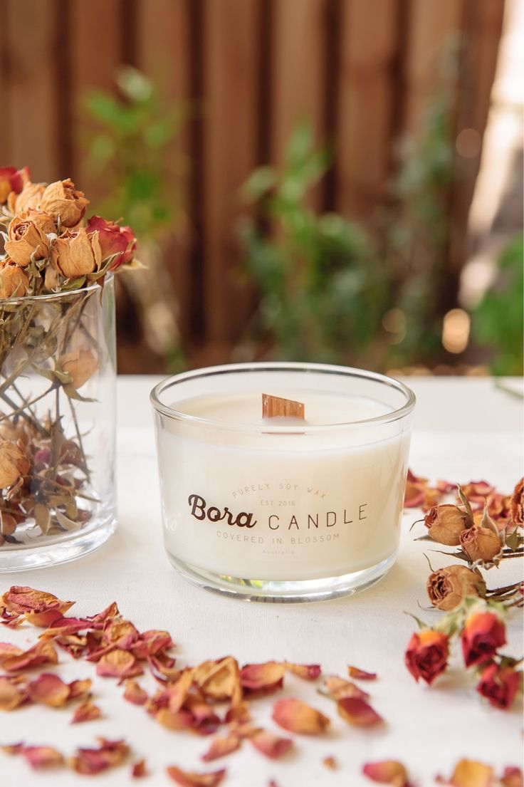 Soy wax candle with beautiful scents.