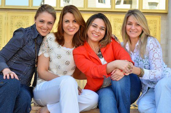 http://www.cristianecardoso.com/pt/2014/08/30/entre-amigas-independencia-solitaria-ii/