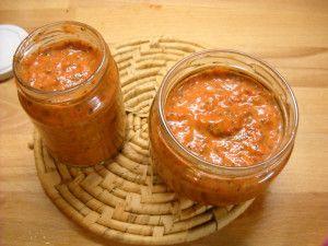 πέστο κόκκινης πιπεριάς