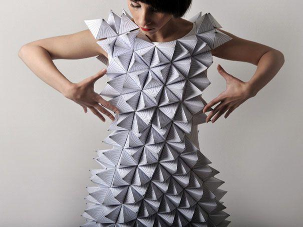 DAHLIA art findings and treasures: Geometric fashion: Amila Hrustic and THREEASFOUR