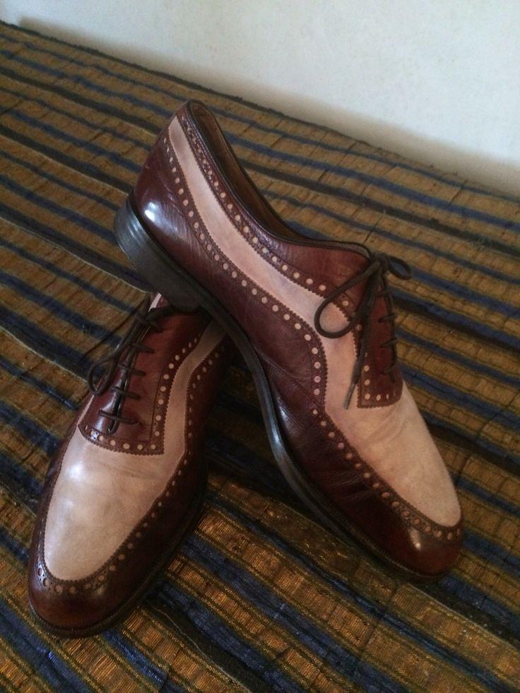 Vecchie scarpe da golf