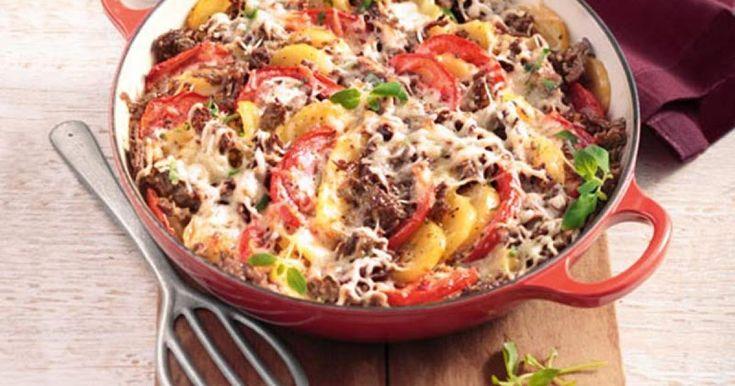 Kartoffeln und Hackfleisch in cremiger Sauce und Käse überbacken: Ein Rezept, das der ganzen Familie schmeckt.