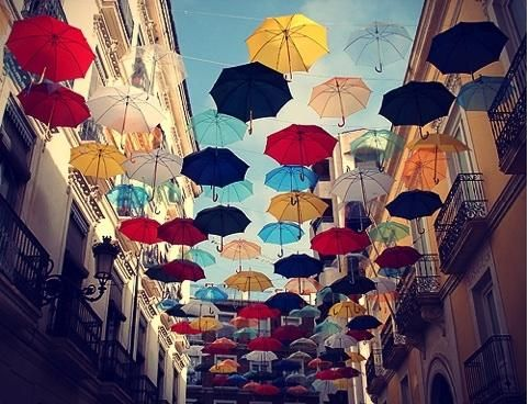 : Alicante Spain, Mary Poppins, Favorite Places, Rainy Day, Color, Sunny Day, Umbrellas Art, So Cool, Alice Spain
