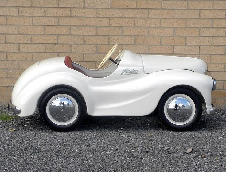Austin J40 Pedal Car. Wish I had the one my Dad owned for years!
