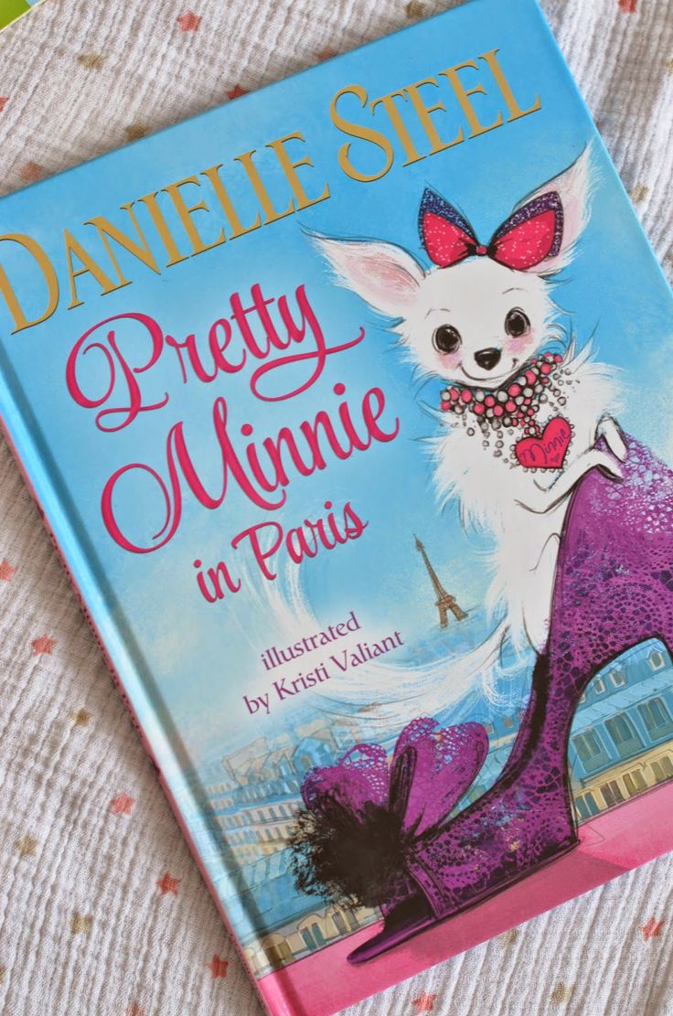 Living with Evelyn: FAVORITE CHILDREN'S BOOKS, Danielle Steel