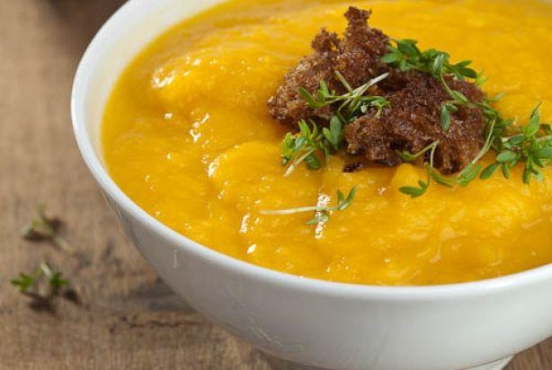 Pompoen-selderij soep