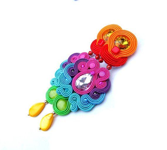 Γεια, βρήκα αυτή την καταπληκτική ανάρτηση στο Etsy στο https://www.etsy.com/listing/174591842/long-oriental-clip-earrings-rainbow
