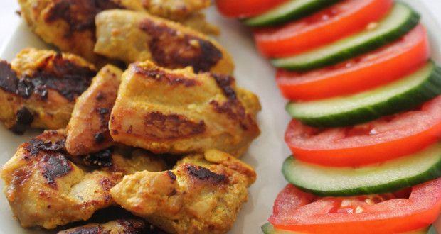 Pui marinat in iaurt si curry | FoodGeek - Retete Culinare